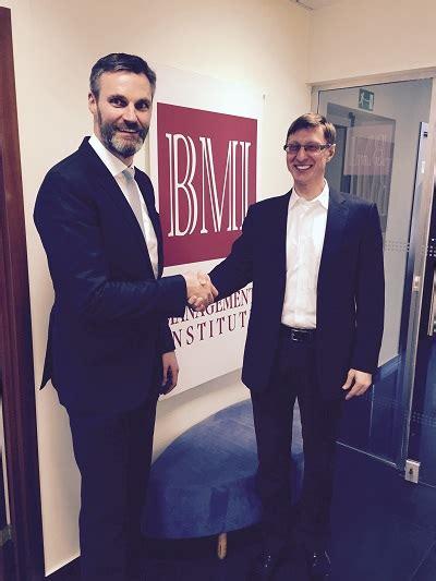 Pfeiffer Mba Accreditation by Thm Executive Mba Program Establishes New Partnership With