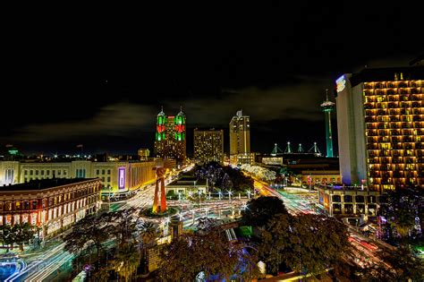 christmas in san antonio christmas lights riverwalk