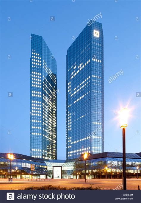 deutsche bank tower deutsche bank towers nicknamed debit and credit