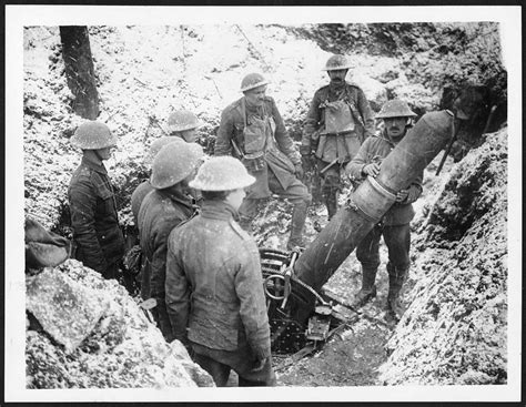 disadvantages of u boats in ww1 590 d 975 loading a big trench mortar in a front line