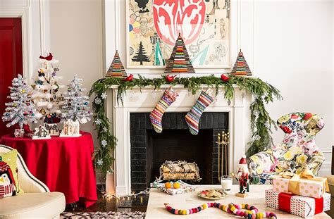 10 Festive Ways To Decorate Festive Ways To Decorate Your Mantel And Gift Guides