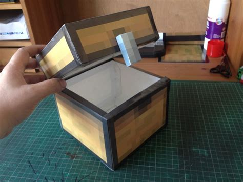 Minecraft Papercraft Chest - how do you make a chest in minecraft woodworking