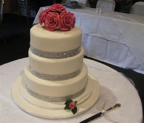 Wedding Cake Makers by Wedding Cakes Any Design Any Filling Any Icing
