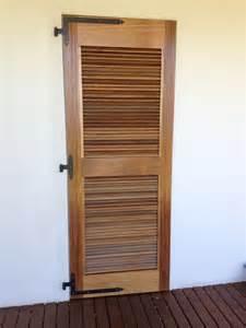 une porte persienne meuble design cr 233 ation