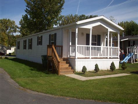 new mobile homes with porches