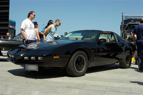 que coche era el coche fantastico gt pontiac firebird trans am de 1982 en verdad era el coche