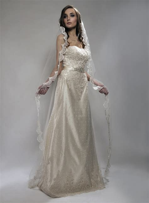 Wedding Dresses And Veils by Bridal Veils From Fingertip Veils To Dramatic