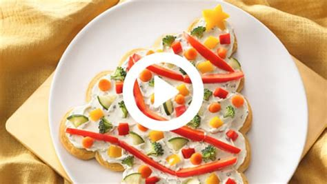 christmas tree appetizer pillsbury how to make a tree shaped crescent veggie appetizer from pillsbury