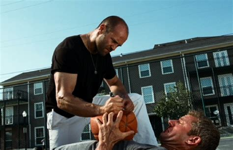 Film Online Jason Statham Fight Scene The Expendables | the expendables with a bunch of people