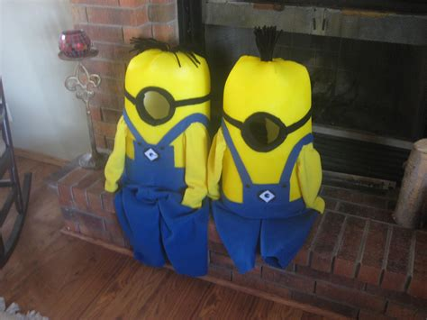 how to make a minion costume diy projects craft ideas diy minion costume mink s paperie