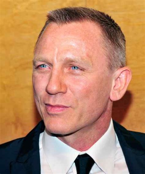 daniel craig hairstyles celebrity hairstyles by daniel craig bond haircut pictures in casino royale
