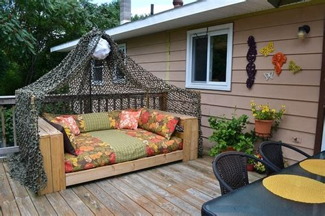 porch futon the outdoor daybed we built using a pallet as a base and a