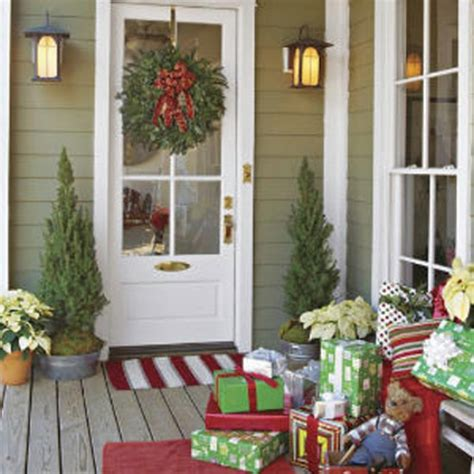 Front Porch Decorations by 60 Beautifully Festive Ways To Decorate Your Porch For