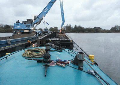 woonboot verplaatsen woonboot transport sleepdienst leiden