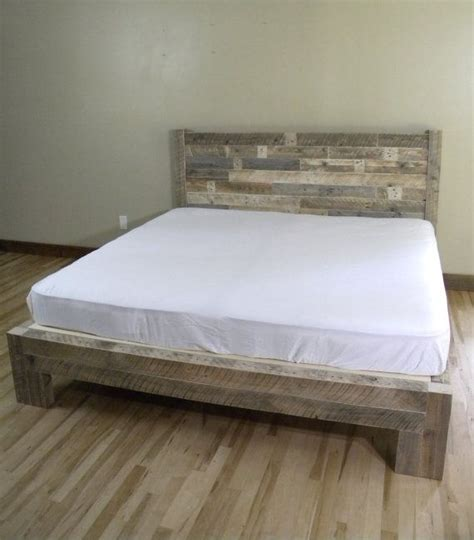King Wooden Headboard by Best 25 Reclaimed Wood Bed Frame Ideas On Reclaimed Wood Beds Diy Bed Frame And