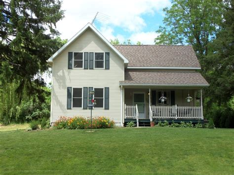 beautiful updated country farmhouse homeaway freeport charming country farm house in scenic valley vrbo