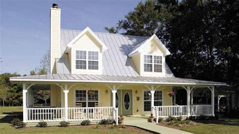 beautiful country home w wrap around porch hq plans