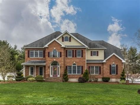 4000 square foot house wow house stunning 4 000 square foot colonial