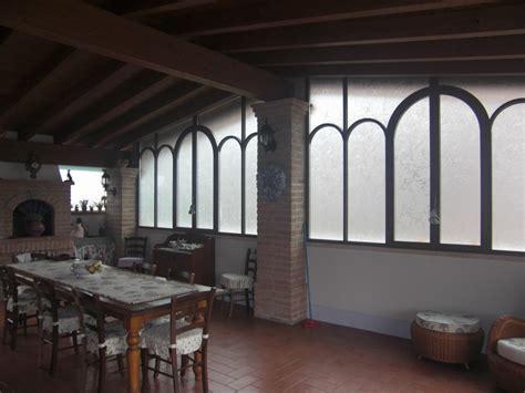 verande in ferro battuto veranda in ferro battuto e vetro complementi d arredo