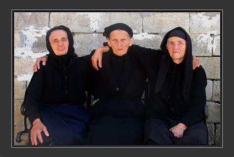 albanian  ladies  photo  berat south trekearth