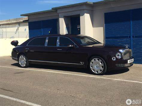 bentley mulsanne limo bentley mulsanne grand limousine 8 august 2016 autogespot