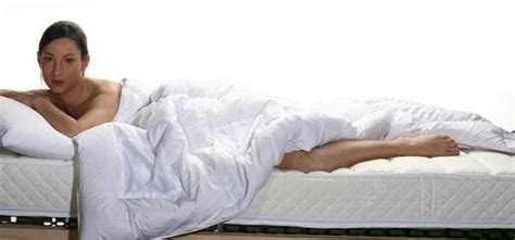 come scegliere il materasso tipologie di materasso manutenzione e insidie per la salute