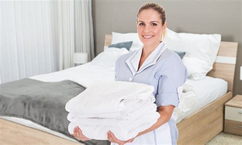 who is a room attendant new report shines light on concerns of hotel room attendants in certain toronto hotels vrm intel