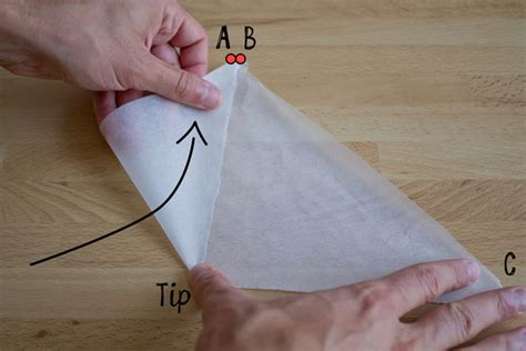 Make A Piping Bag Out Of Parchment Paper - tip how to make a parchment paper piping cone road to
