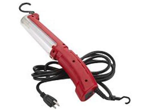 dealmonger craftsman worklight for 9 until april 21st