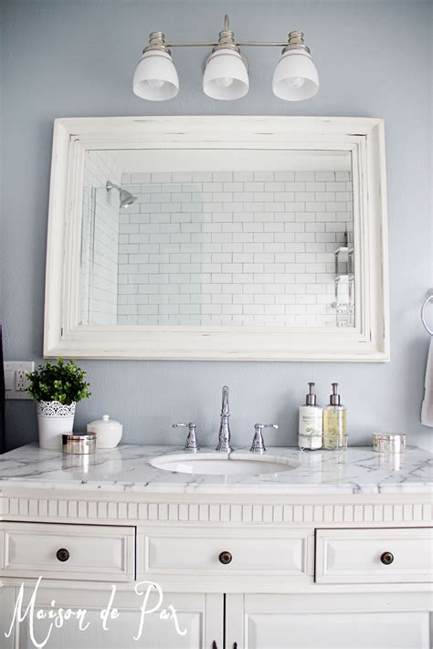 mirrors over bathroom vanities share