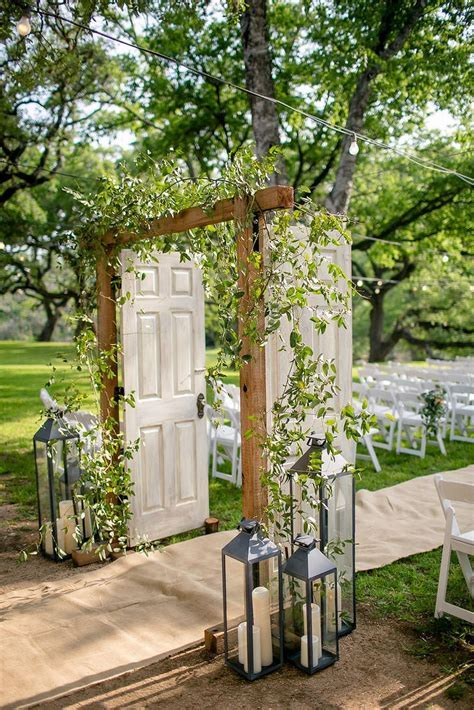 80 wedding aisle decoration ideas 76   My wedding in 2019