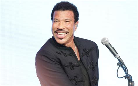 Lepaparazzi News Update Richie Is At Home Not In Rehab by Lionel Richie I Ve Never Made To My Own