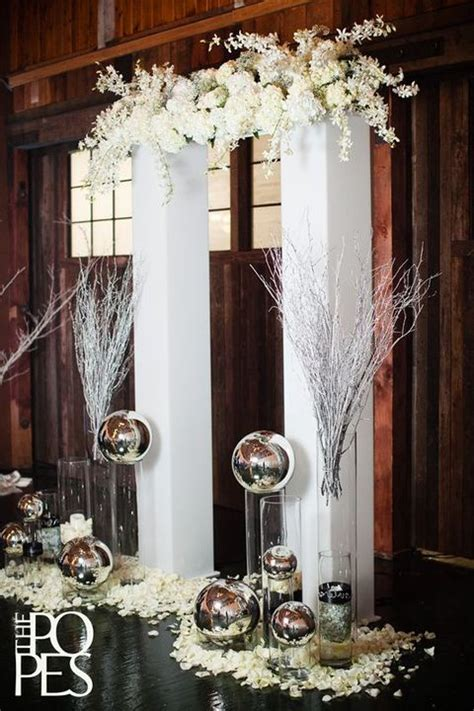 Wedding Arch And Columns by 26 Winter Wedding Arches And Altars To Get Inspired