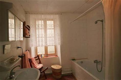 Bathroom Design 2m X 2m Le Petit R 234 Ve A Country Home In