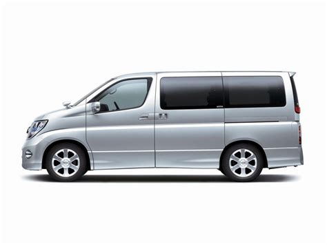 nissan elgrand      wd  hp