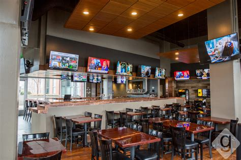 top 10 nashville bars top sports bars in nashville nashville guru