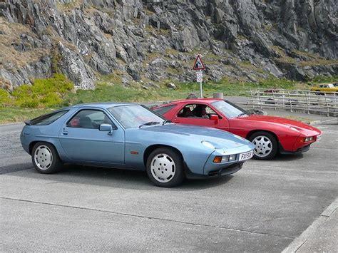 Porsche 928s2 by Porsche 928s 928s2 928 ポルシェ 928 と ポルシェ