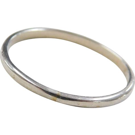vintage 18k white gold thin band ring from arnoldjewelers