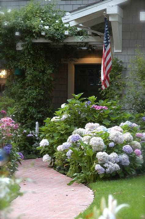cottage garden cattery cottages cottages and hydrangeas on