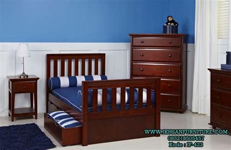 Tempat Tidur Sorong Kayu Jati tempat tidur sorong anak kayu jati model tempat tidur