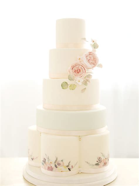 Wedding Cake Options by Wedding Flowers Cakes Favours In Edinburgh Save The