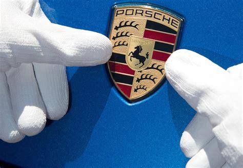 Porsche Employee Benefits porsche awards 8 911 bonus to staff employee benefits