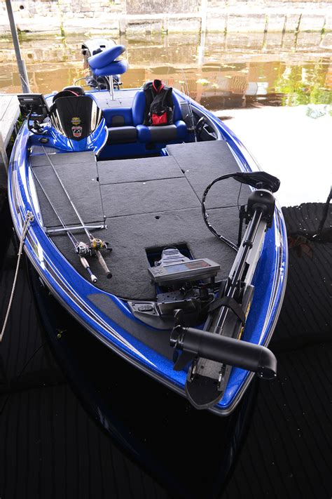 skeeter bass boat high speed turn skeeter fx20 florida sportsman