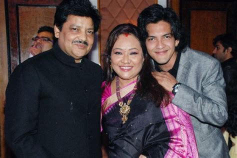 udit narayan biography in hindi udit narayan second wife www pixshark com images