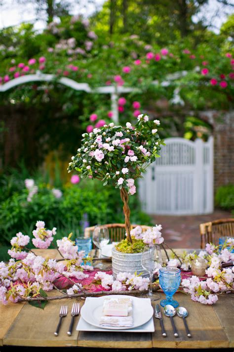 Planning An Environment Friendly Wedding by Sustainable Wedding Decor Green Wedding Eco Friendly