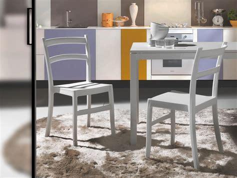 colorate interni sedia in polipropilene colorato per interni ed esterni