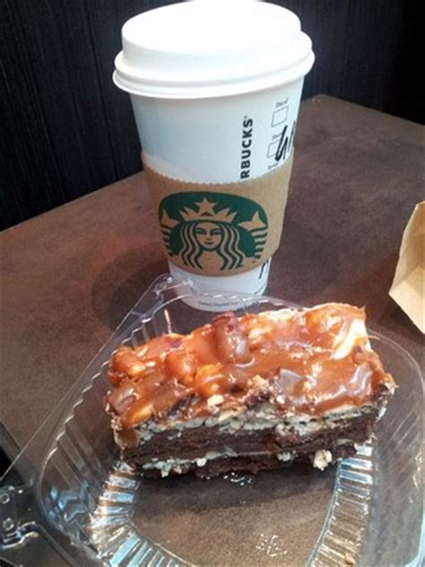 starbucks kuchen starbucks peanut butter and chocolate cake picture of