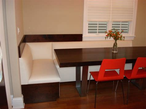 Modern Banquette by Banquettes