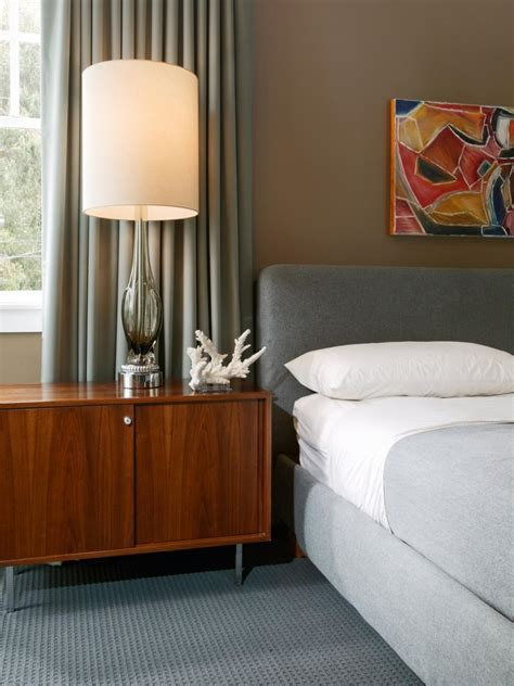 clutter free bedroom tips for a clutter free bedroom nightstand hgtv