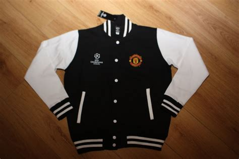 Best Seller Varsity Manchester United Black manchester united uefa chions league varsity baseball jacket brand new with tags size adults
